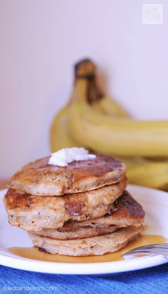 banana chia pancakes from Superfoods 24/7