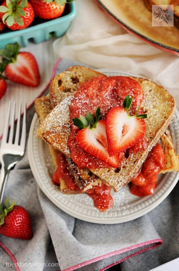 vanilla french toast with strawberry sauce - vegan recipes that are PINK