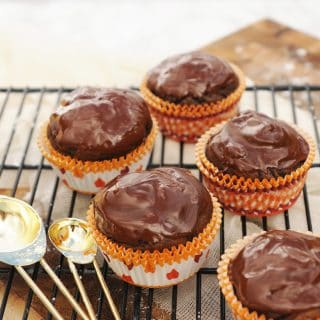Pumpkin Spice Cupcakes with Chocolate Chips